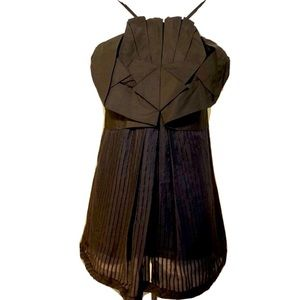MAX AZRIA Runway BCBG Structured Pleated Top